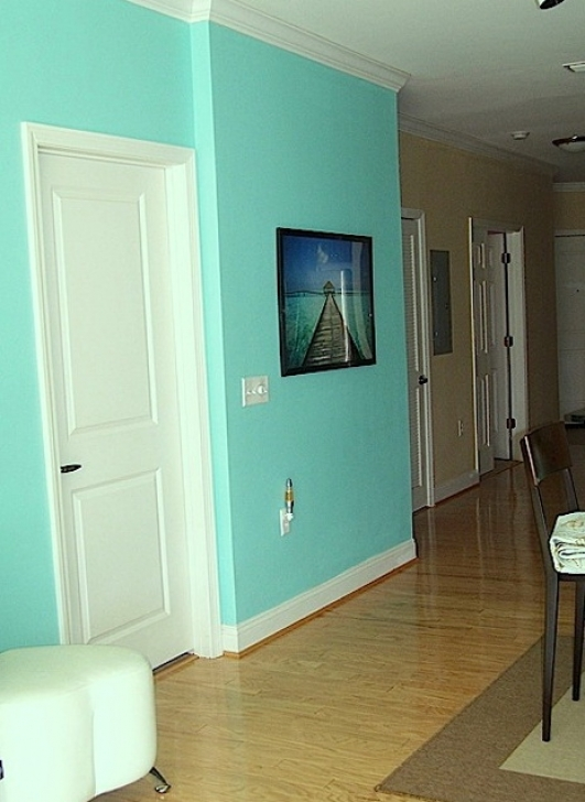Tiffany Blue Paint Color Make the Room More Fresh