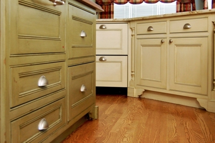 Chalk Paint Kitchen Cabinets With Regard To Soft Bases Part Of Kitchen Cabinet With The Chalk Paint Color  Pic