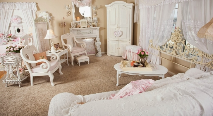 Classy Shabby Chic Bedroom Ideas Throughout Shab Chic Living Space Decor Home Design Image