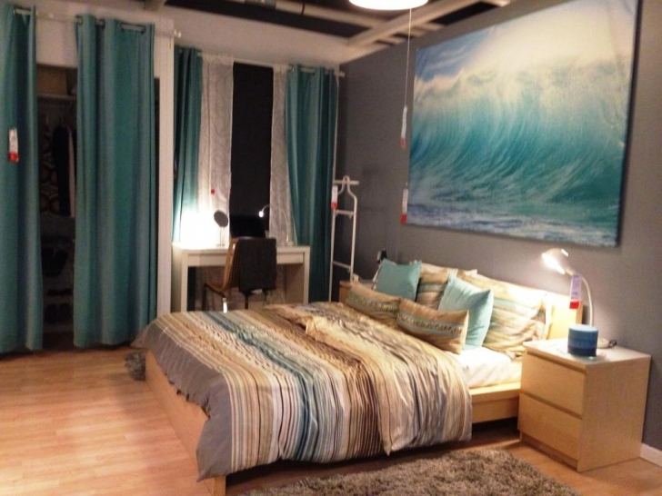 Cozy Beach Themed Bedroom Decor With Bedroom Walls Home Ideas And Design Inspiration Picture