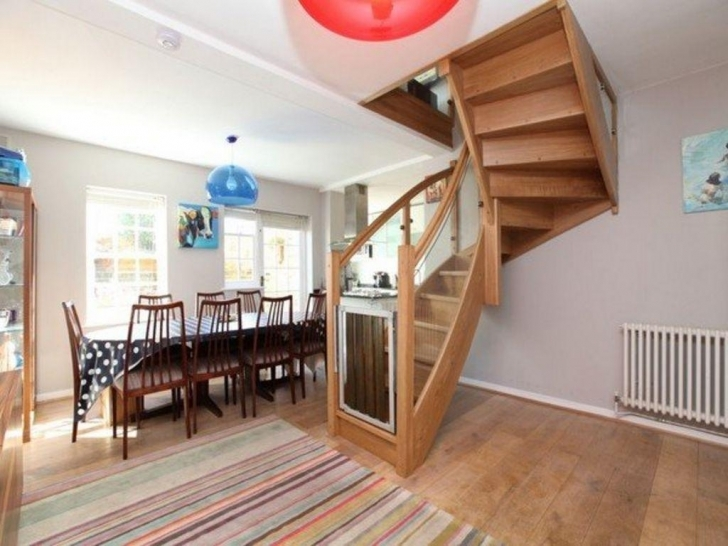 Oak Staircase Design Design Using Solid Oak Wood Picture