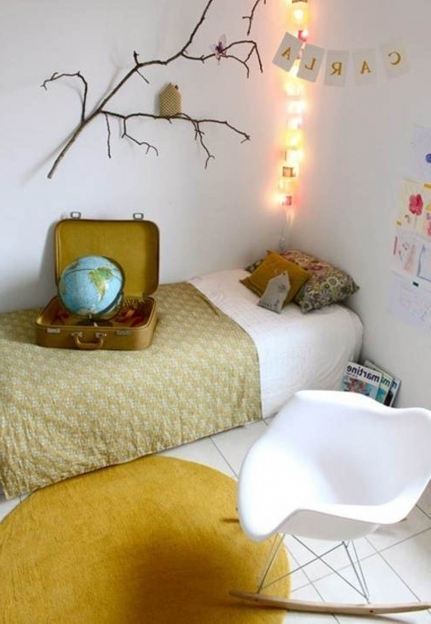 How To Decorate Small Bedroom Simple Ideas Pictures